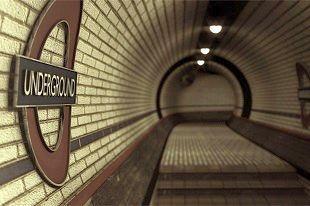 Buli a londoni metrón!