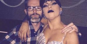 Surgeon elmeséli mit keresett a színpadon Lady Gaga koncertjén
