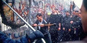 Így ünnepelték Berlinben a fal leomlásának 25. évfordulóját