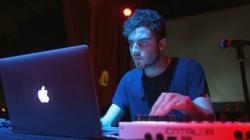 Pénteken jelenik meg Nicolas Jaar legújabb albuma
