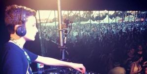 11 éves DJ zenélt egy ausztrál fesztiválon!