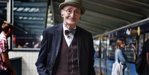 A 70 éves Günther Krabbenhöft a berlini éjszaka celebje