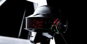 Így készül a Daft Punk legendás sisakja