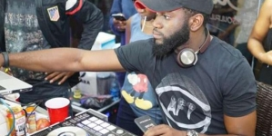 Egy nigériai DJ megdöntötte a maratoni szett világcsúcsát – 10 napon át zenélt