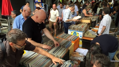 Vasárnapi lemezbörze a Király utcában