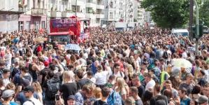 Zur der Liebe – Harmadik alkalommal rendezik meg Berlinben az utcai felvonulást