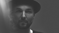 Pénteken jelenik meg Kölsch legújabb albuma
