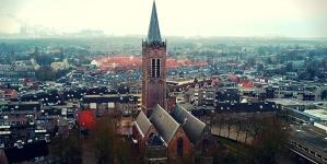 Újra kinyitja kapuit a bulizók előtt egy XVI. századi holland templom