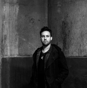 A londoni Fabric Maceo Plex-re bízta a legújabb mixlemez elkészítését