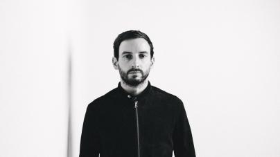 Max Cooper felel a Balance sorozat 030-as darabjáért