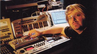 Robert Babicz-ot betalálta egy ghostproducer