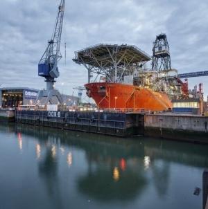 Új technofellegvár nyílhat Rotterdam kikötőjében