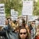 Több száz helyi lakos tüntetett Ibizán a tömegturizmus ellen