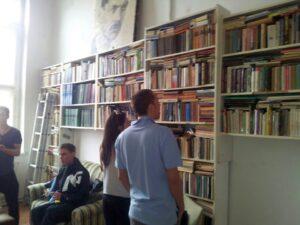 könyvtár2