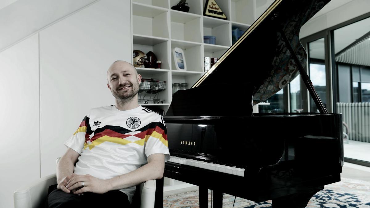 Paul-Kalkbrenner-Musiker-und-DJ-7